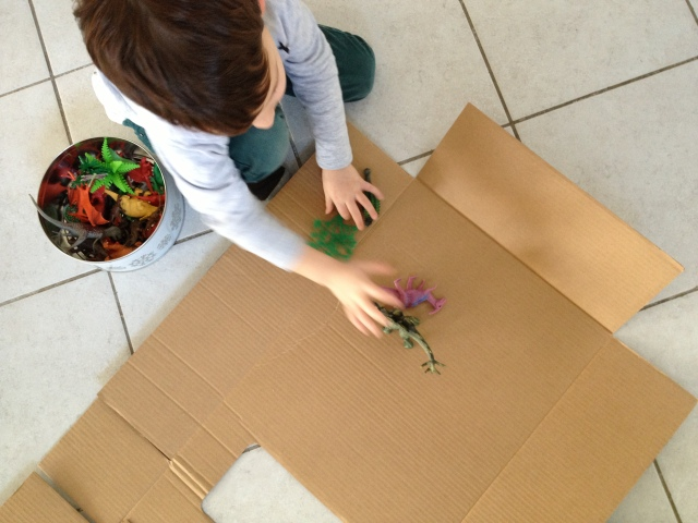 make a box out of cardboard paper