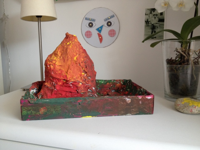 Volcano by Learn and Play en Anglais